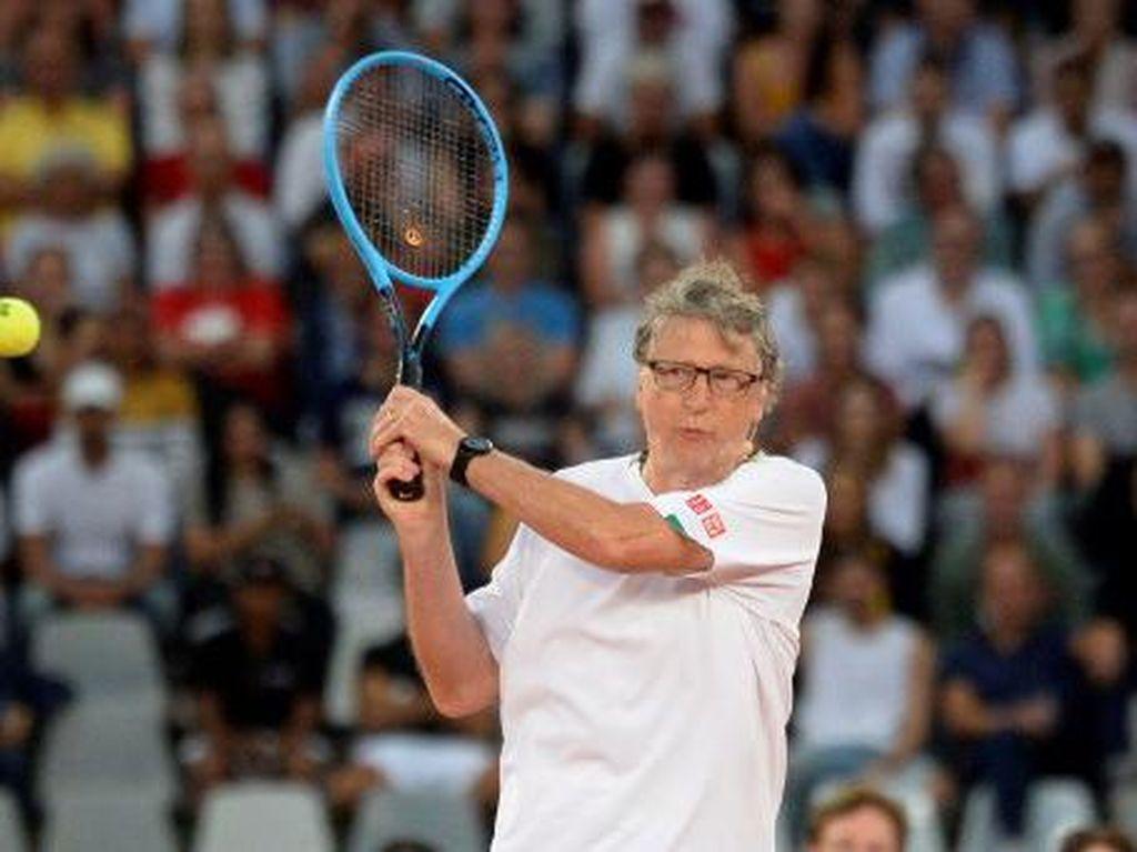 Akurat, Ini Prediksi Bill Gates ke Rafael Nadal soal Virus Corona