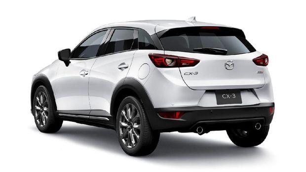 New Mazda CX-3 facelift tampak samping dan belakang