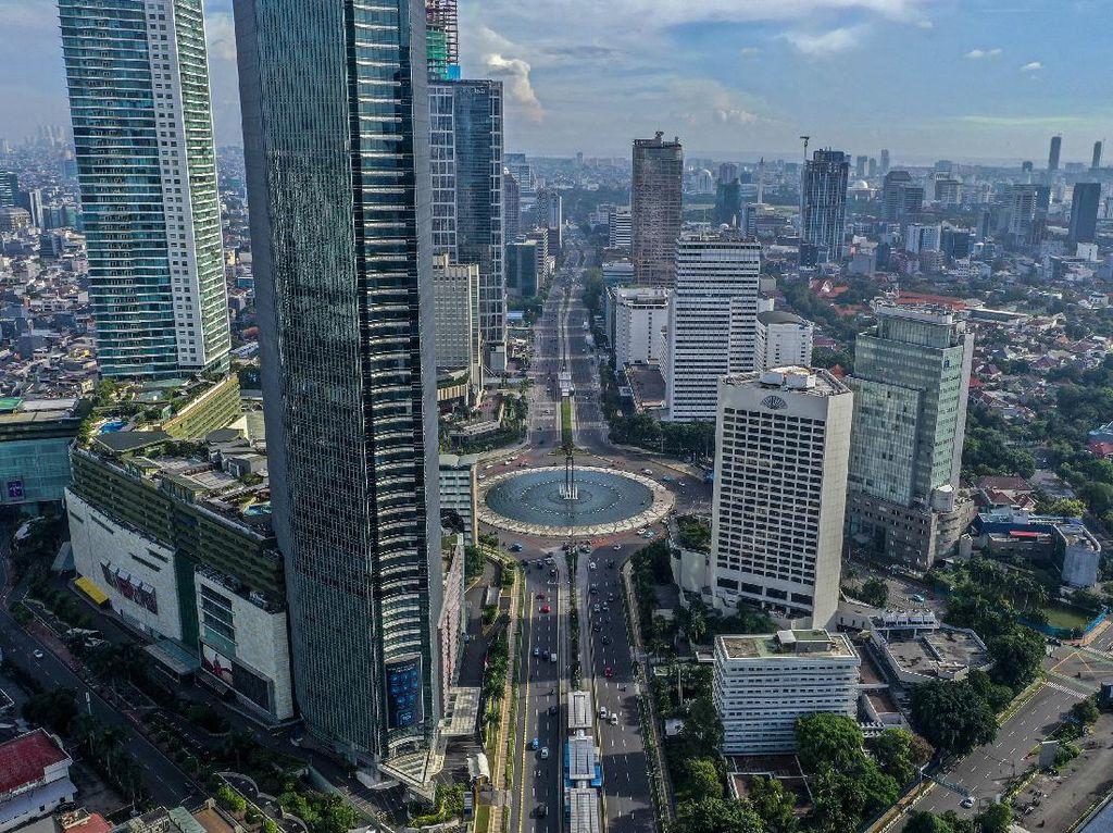 Langit Biru Cerah, Tapi Kenapa Jakarta Masuk 5 Besar Kota Terpolusi?