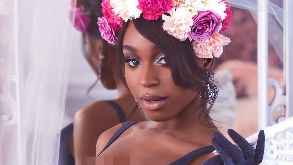 Potret Seksi Normani Jadi Model Lingerie Rihanna