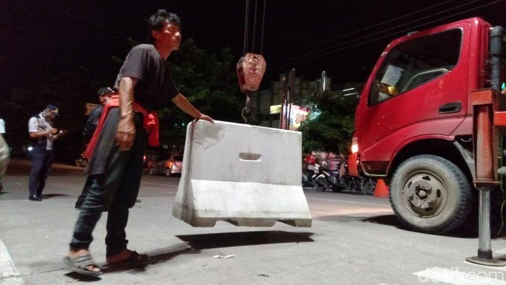 Blokade Beton di Kota Tegal Dibongkar