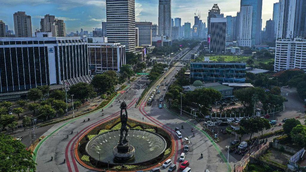 Indahnya Biru Langit Jakarta Bebas Polusi