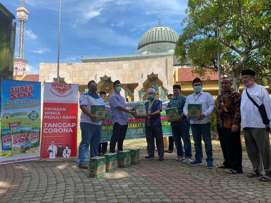 Cegah Virus Corona, DMI Kirim Ribuan Botol Karbol ke Masjid-masjid