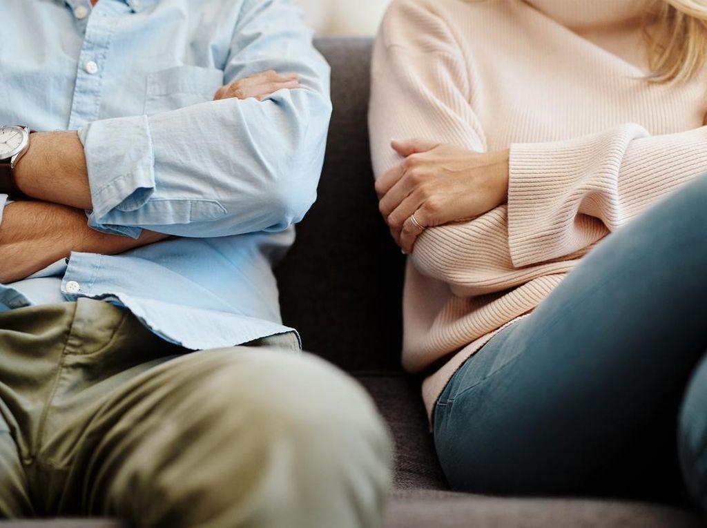 Ini 5 Kesalahan yang Bisa Merusak Hubungan Suami-Istri