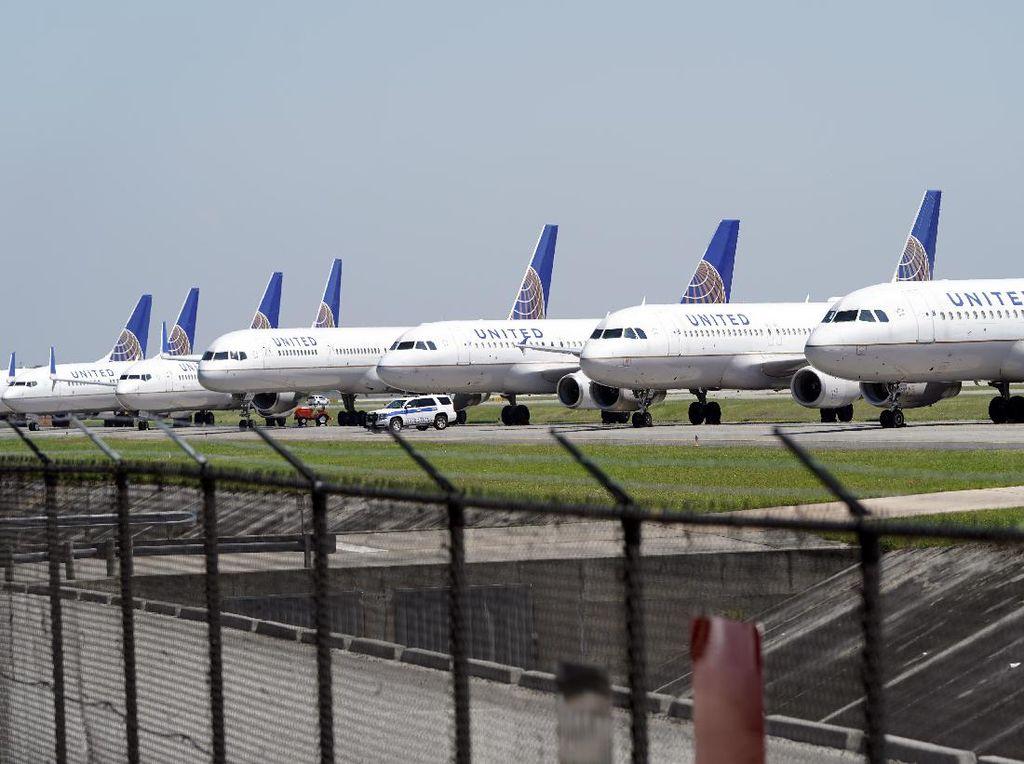 Diminta Cuti Tanpa Digaji, Karyawan Gugat United Airlines