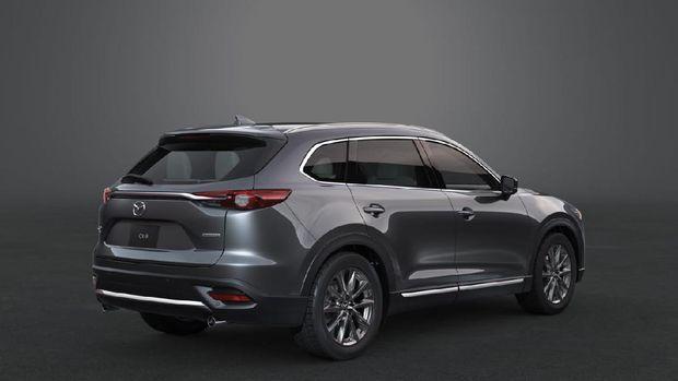 All New Mazda CX-9 AWD tampak samping dan belakang
