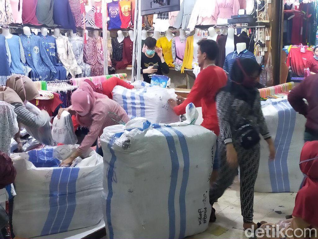 Dua Pasar di Surabaya Ditutup Gegara Corona