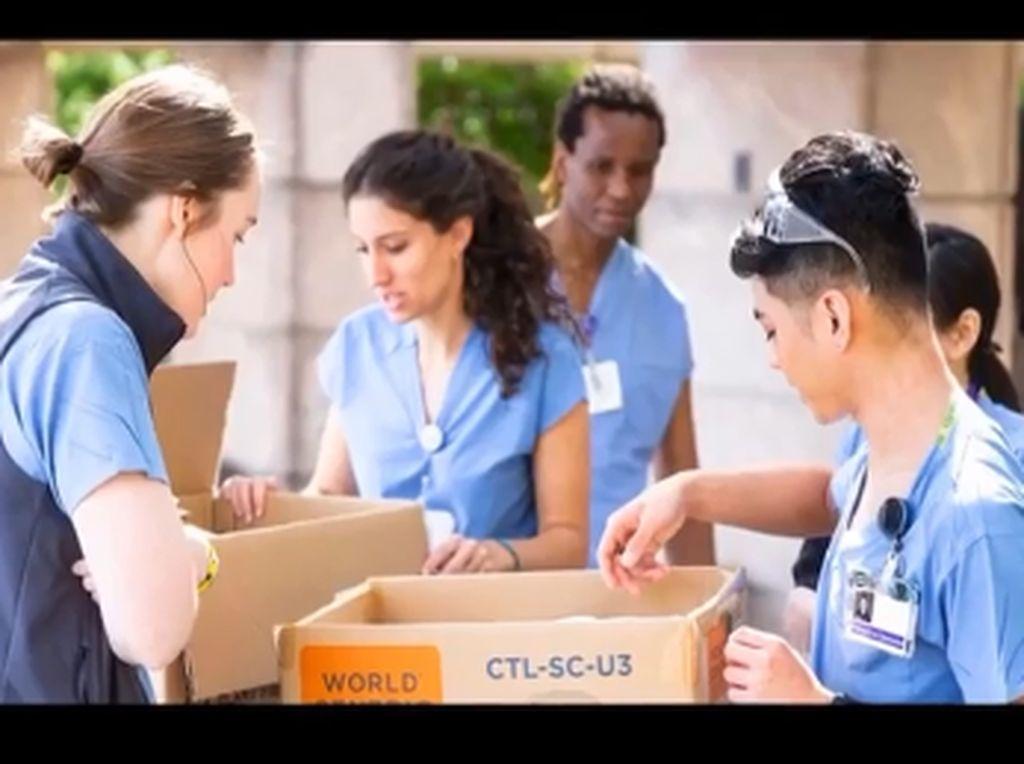 Dukung Tenaga Medis, Lizzo Kirimkan Paket Makanan ke 26 RS