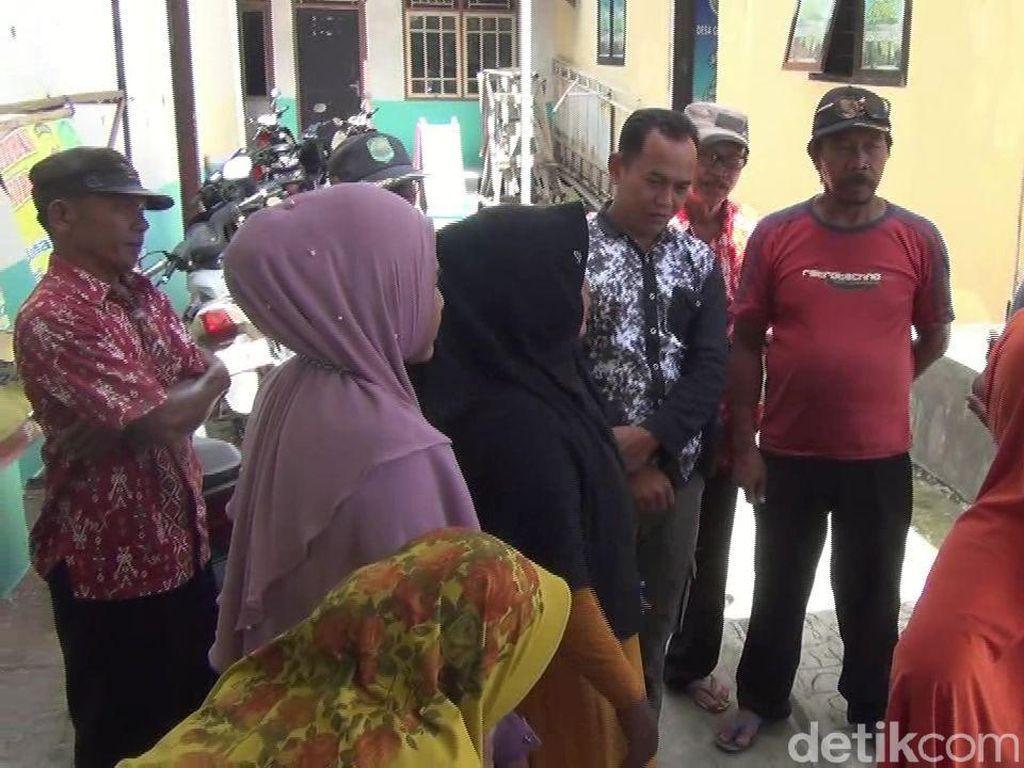 Emak-emak di Subang Geruduk Kantor Desa Tuntut Dana Kompensasi COVID-19