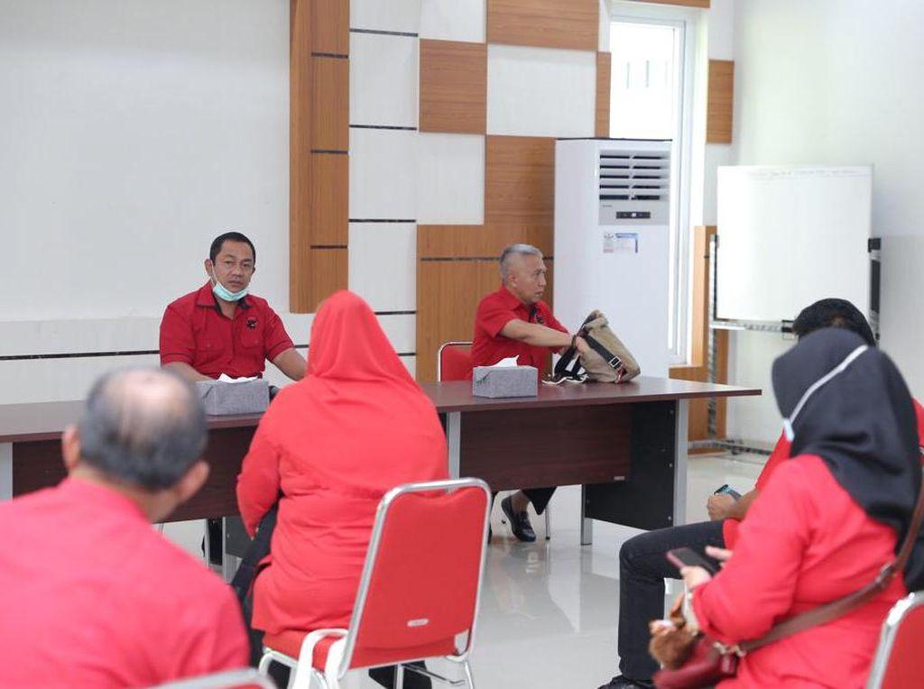 Cegah Corona, Kader PDIP Semarang Berikan 100% Gaji Selama 3 Bulan