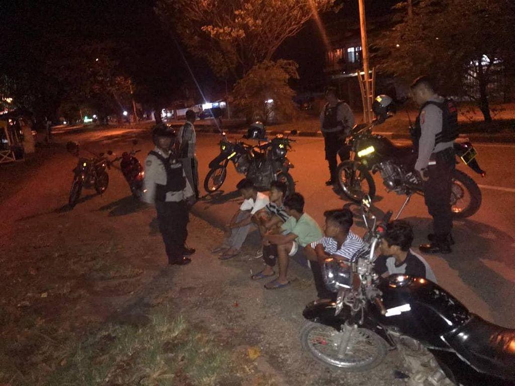 Jam Malam Dicabut, Remaja di Banda Aceh Malah Asyik Balap Liar