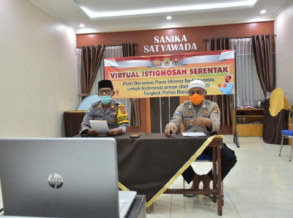 Lawan Corona, Polisi-Ulama di Banjar Gelar Doa Bersama Virtual