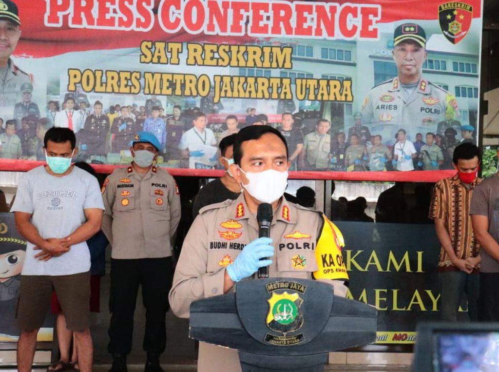 Langgar PSBB, 20 Orang di Jakut Diamankan dari Tempat Fitnes-Kafe