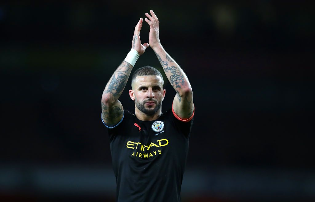LONDON, ENGLAND - DECEMBER 15:  Kyle Walker of Man City thanks the supports during the Premier League match between Arsenal FC and Manchester City at Emirates Stadium on December 15, 2019 in London, United Kingdom. (Photo by Julian Finney/Getty Images)