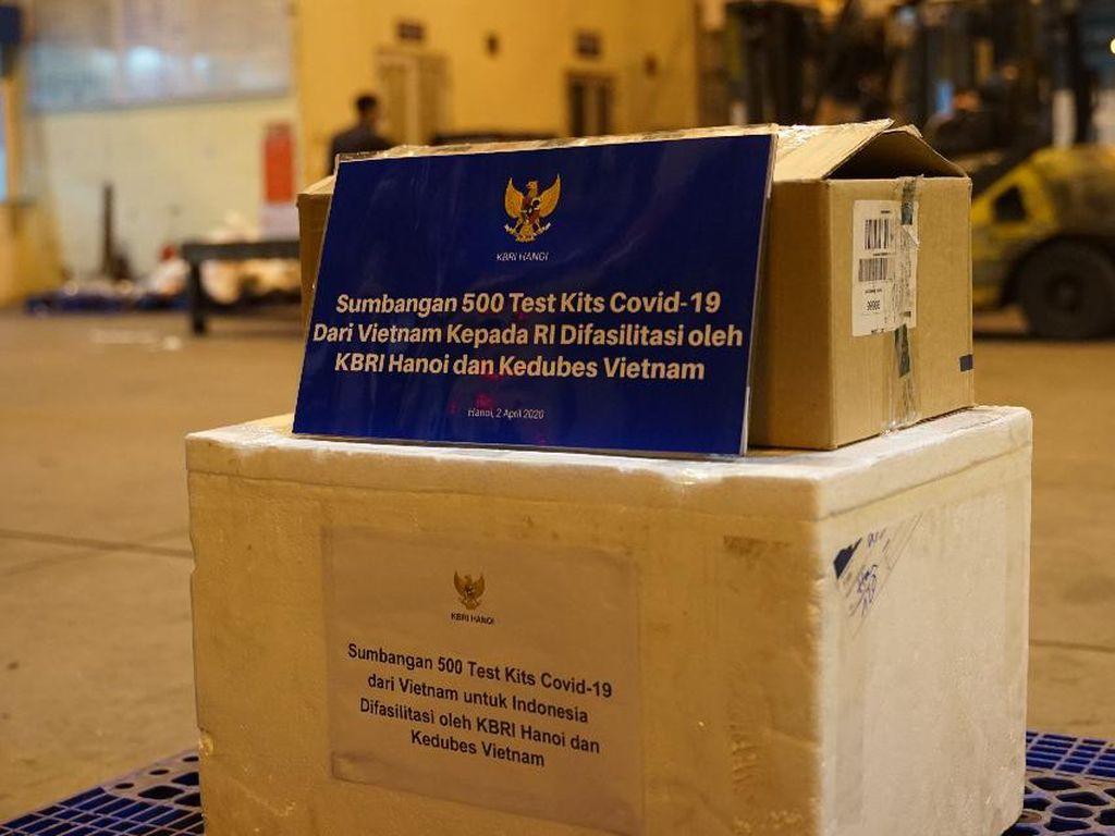 Vietnam Sumbang 500 Tes Kit COVID-19 untuk Indonesia