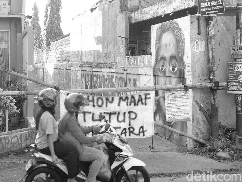 Potret Karantina Cegah Corona di Jalanan Kampung Kota Bekasi
