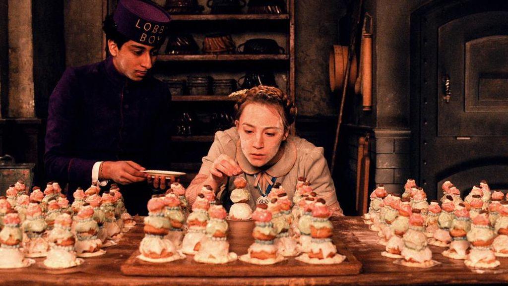 Bikin Laper! Aneka Pastry Enak dari Film The Grand Budapest Hotel