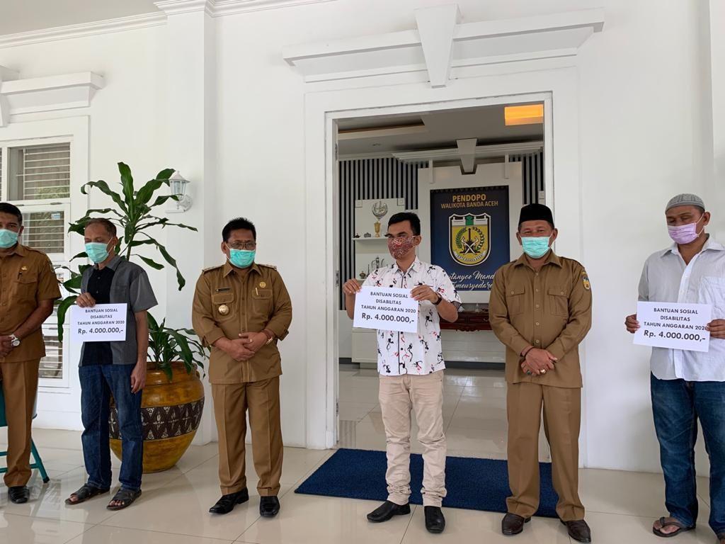 Darurat Corona, Pemkot Banda Aceh Beri Bantuan bagi Kaum Disabilitas