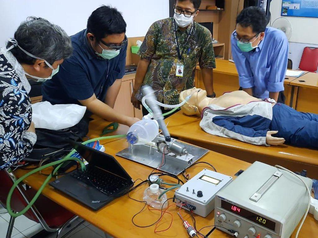 Kabar Gembira, Pemerintah Kini Lakukan Uji Klinis Ventilator Produksi Lokal