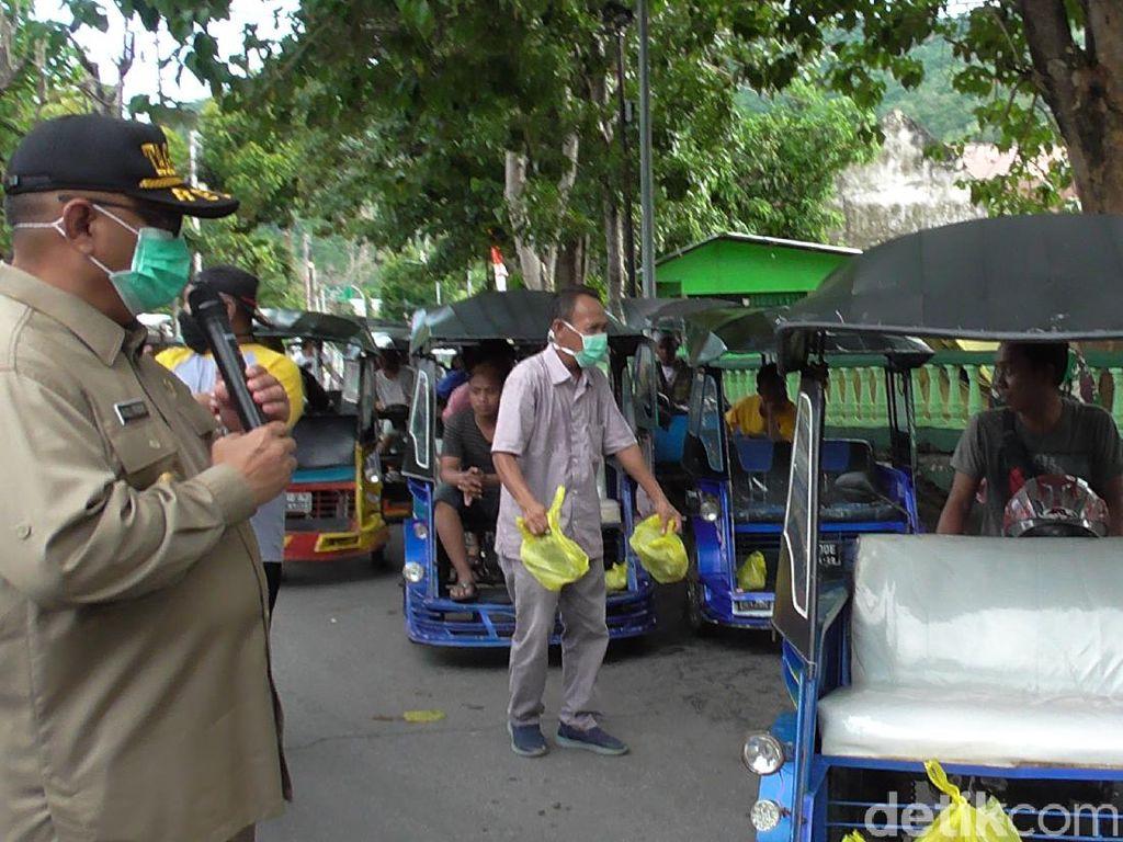 Pemprov Gorontalo Bagikan Sembako ke 2 Ribu Sopir Becak Motor Terdampak Corona