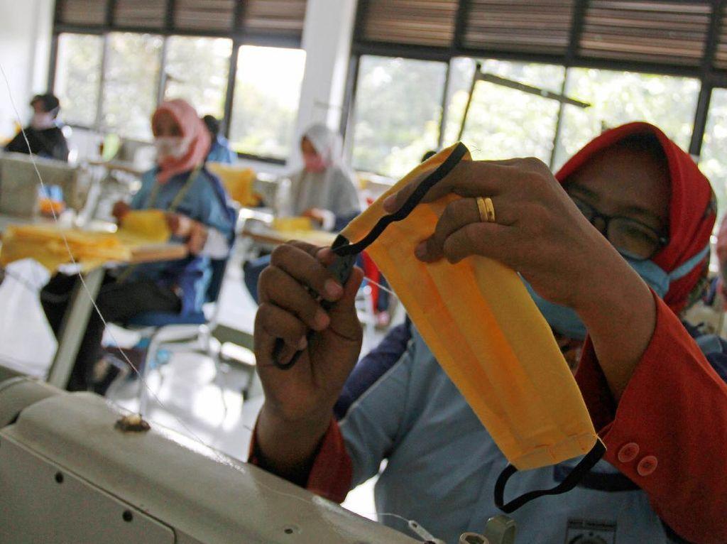 Bupati Toraja Utara Akan Bagi 17.000 Masker Kain Gratis, Penjahit Siap Bantu