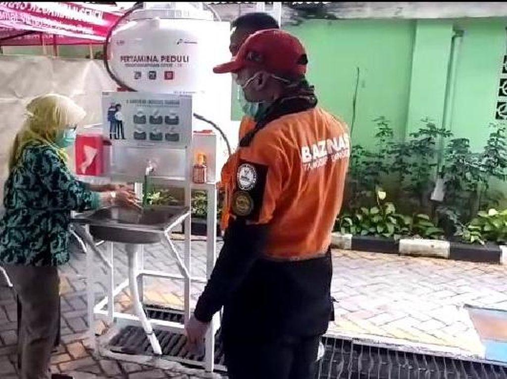 Pertamina Pasang Wastafel Portabel di 6 Puskesmas Kecamatan Senen