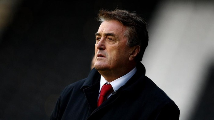 LONDON, ENGLAND - NOVEMBER 18:  Serbia coach Radomir Antic during the International Friendly match between South Korea and Serbia at Craven Cottage on November 18, 2009 in London, England.  (Photo by Richard Heathcote/Getty Images)