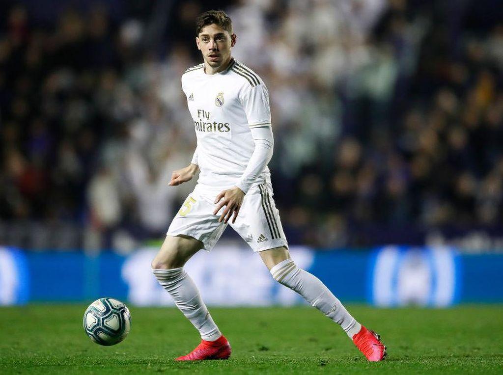 Forlan: Valverde Akan Jadi Ramos-nya Lini Tengah Real Madrid
