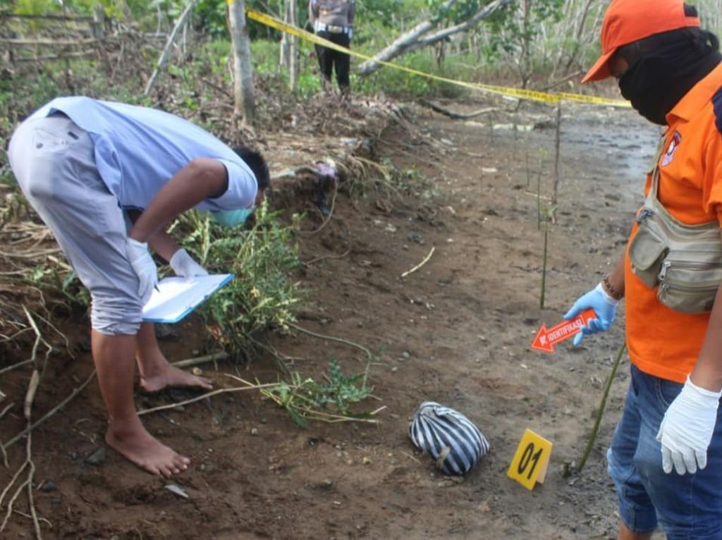 Mayat Bayi Terbungkus Tas Plastik Ditemukan di Muara Sungai Trenggalek