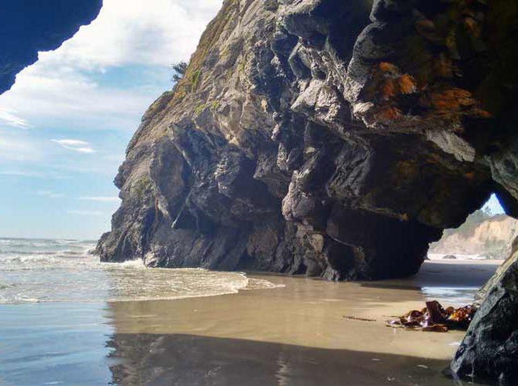Pantai Cantik yang Goda Menkes Selandia Baru Liburan