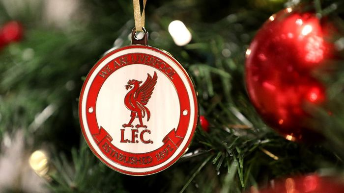 LIVERPOOL, ENGLAND - NOVEMBER 05: The Liverpool logo is seen on a Christmas decoration prior to the UEFA Champions League group E match between Liverpool FC and KRC Genk at Anfield on November 05, 2019 in Liverpool, United Kingdom. (Photo by Alex Pantling/Getty Images)