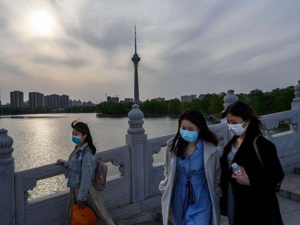 China Dihantui Kasus Impor Virus Corona