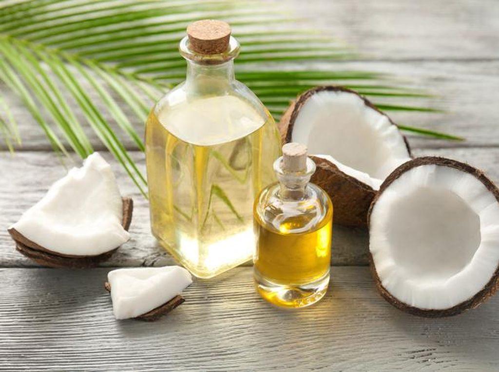 Virgin Coconut Oil: Cara Mengkonsumsi dan Manfaat Bagi Kesehatan