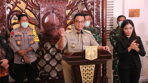 Gubernur DKI Jakarta Anies Baswedan saat mengumumkan PSBB di DKI Jakarta. (Dok. Pemprov DKI)