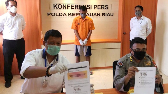 Polda Kepri tangkap warga yang diduga melecehkan kinerja Presiden Jokowi