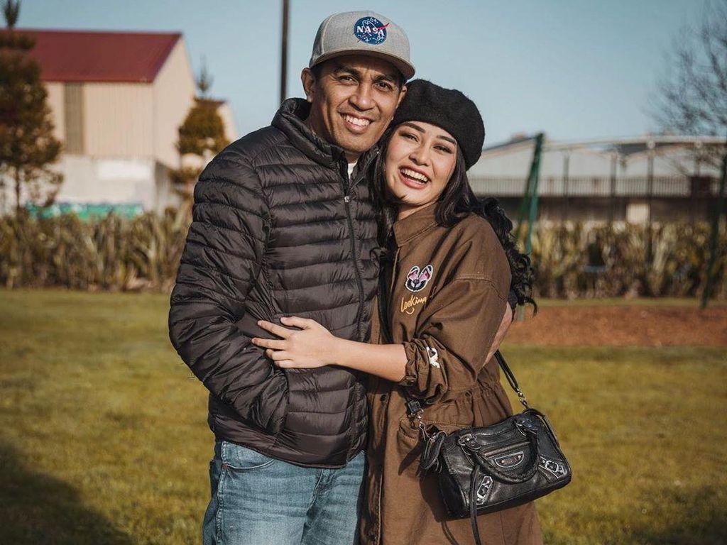 Teman Mutia Ayu Naik Pitam Saat Aura Kasih Bahas Soal Glenn Fredly