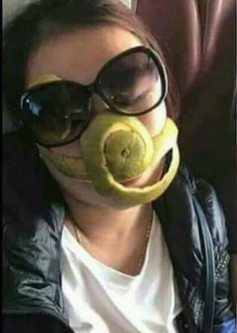Ngakak Foto Nyeleneh Orang Pakai Masker Unik Celana Dalam