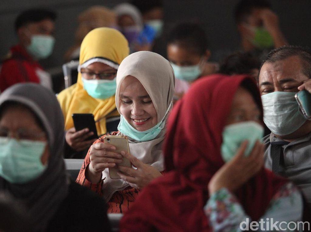 Masker Bedah Didisinfeksi dengan Setrika dan Penanak Nasi? Ini Kata KLHK