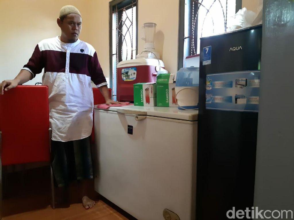 Pria di Ciamis Lelang Perabotan untuk Bantu Warga Miskin Terdampak Corona