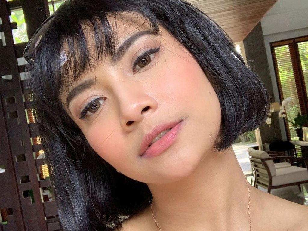 Vanessa Angel Nggak Mau Lihat Anaknya Botak