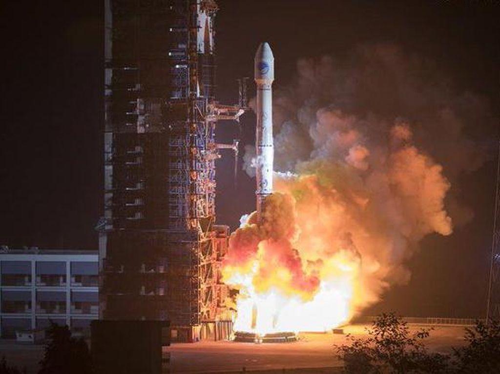 Akhirnya, Satelit Internet Satria Siap Dibuat