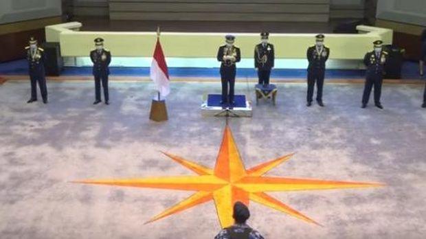 TNI AU merayakan hut ke-74 secara sederhana.