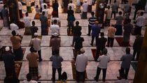 Muslim di Nigeria Kembali Salat Jumat di Masjid, Jamaah Pakai Masker