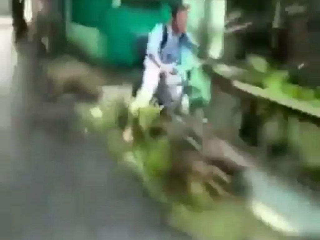 Viral Video Pemotor di Koja Dorong Anak SMP Bersepeda hingga Masuk Parit