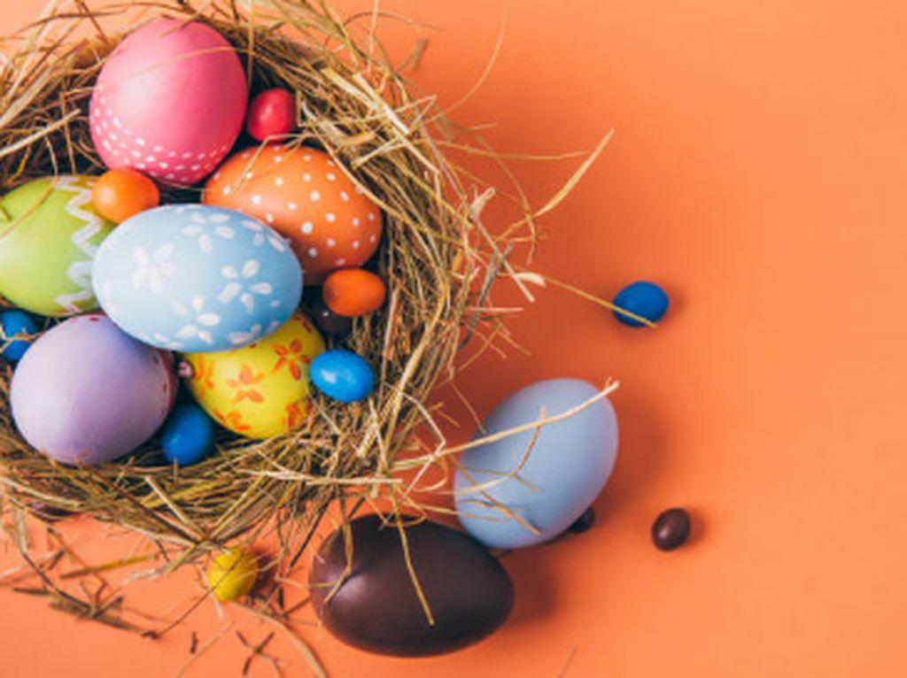 Cerita Warga di Medan Tetap Khidmat Ibadah Hari Paskah Meski dari Rumah