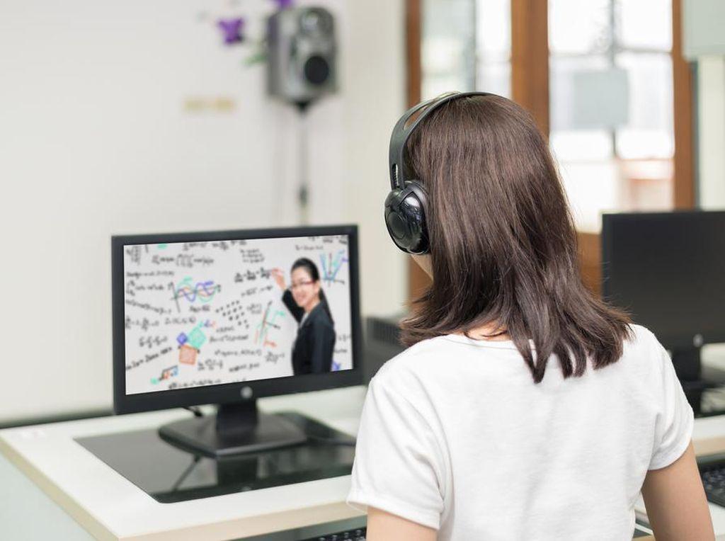 Belajar Online Masih Jadi Keharusan, Bagaimana Kualitas Lulusannya?