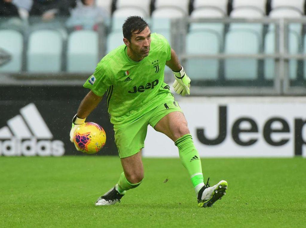 Gianluigi Buffon Siap Perpanjang Kontrak di Juventus