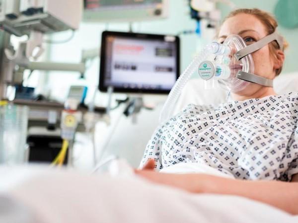 Virus corona: Peneliti dan sukarelawan berupaya ciptakan ventilator sederhana untuk pasien covid-19