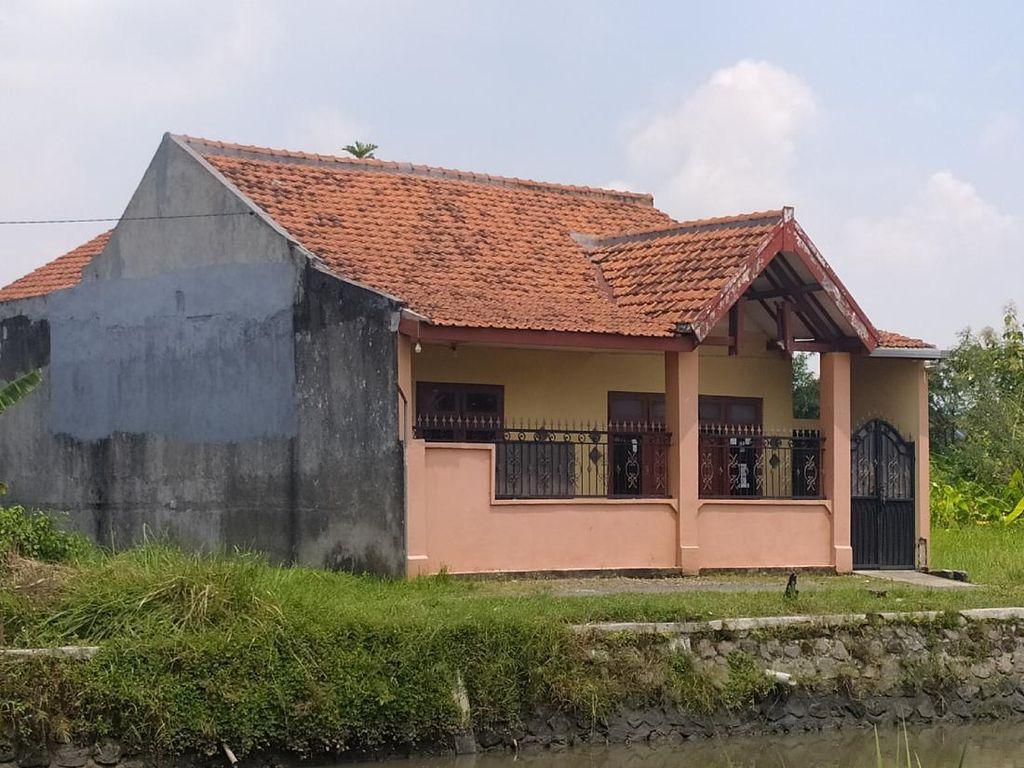 Pasca Digeledah Densus 88, Rumah Terduga Teroris di Sidoarjo Sepi