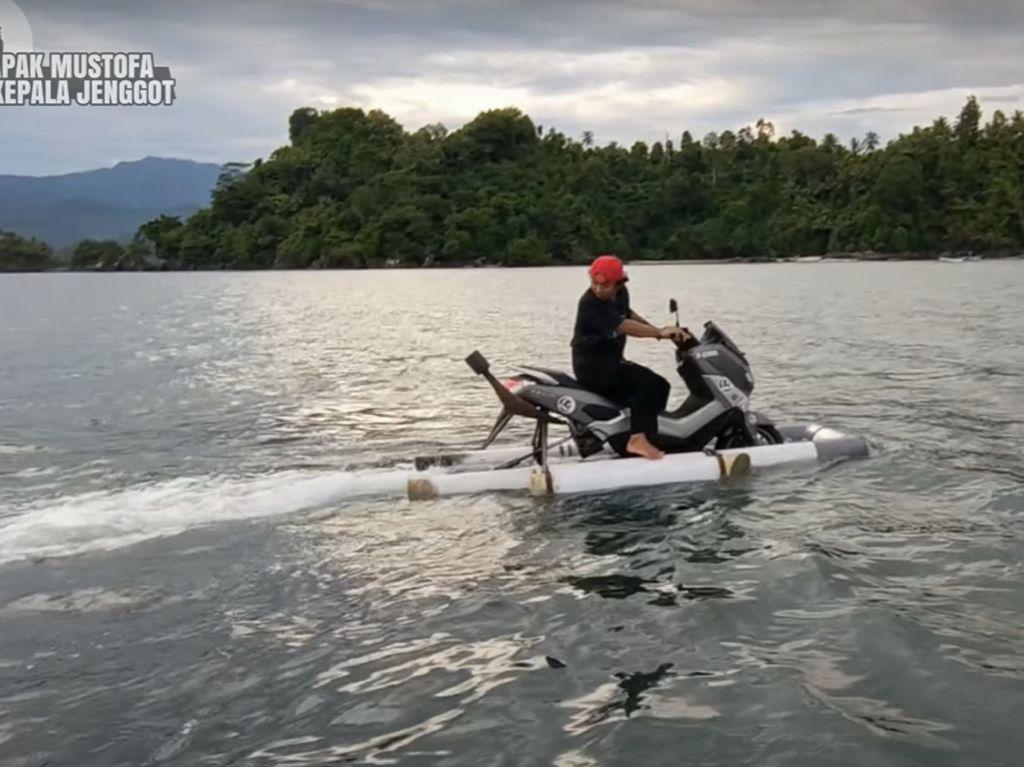Jadi Skutik Amfibi, Yamaha Nmax Ini Bisa Ini Bisa Digeber di Laut